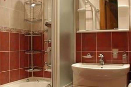 Уютная квартира с хорошим ремонтом - Жуковский - Appartement