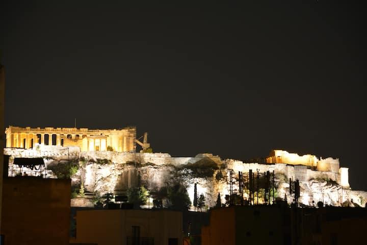 Industrial loft-Acropolis view