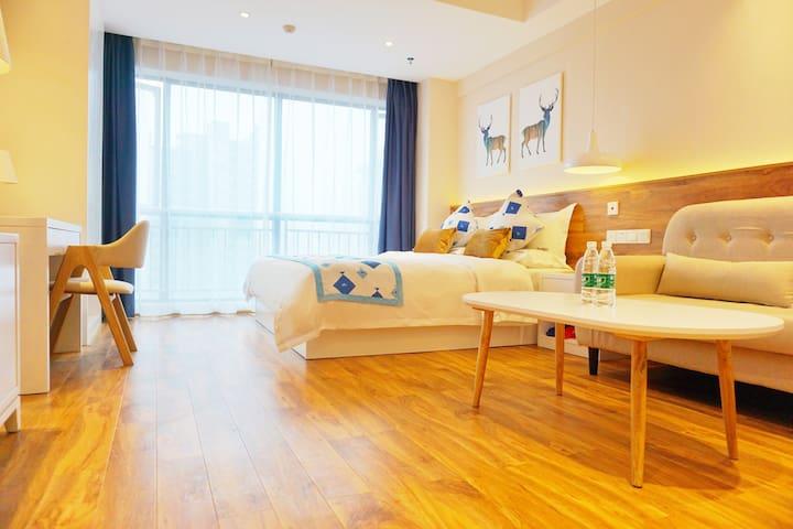 五一商圈双地铁口豪华大床房 - Changsha - Lägenhet