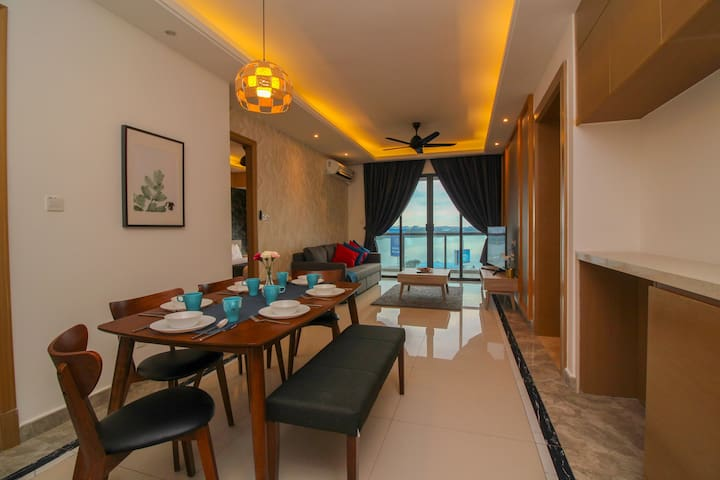 Brand new fully furnish and well design three bedroom unit, comfortably fit up to 8 persons.