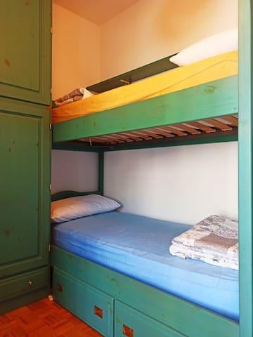 seconda camera da letto/ letto a castello