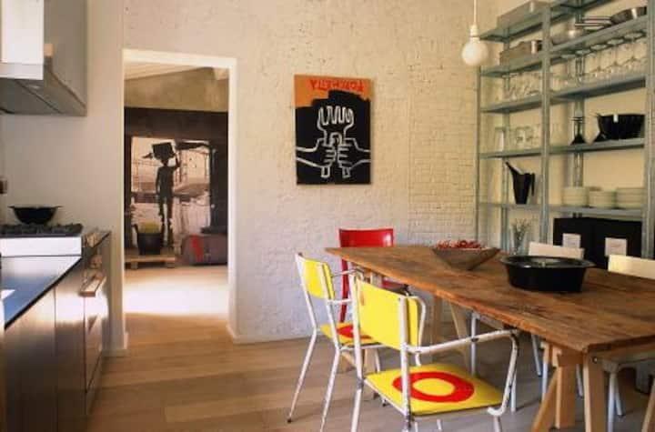 Design room near Santo Spirito