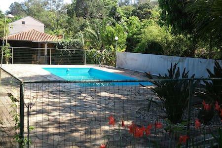 Suite p/Família Recanto do Coquinho - Jaguariúna - Guesthouse