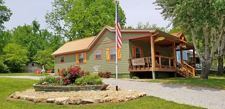 """❤️""""Our Cotter Cabin"""" is available for you again!🎣"""