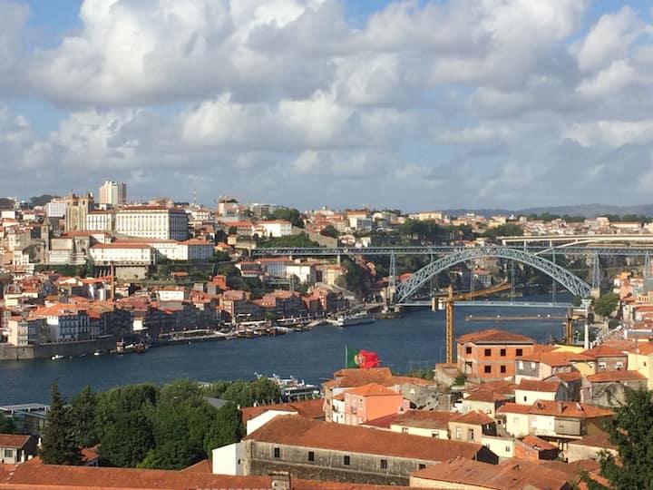 Porto river bridge view apartment