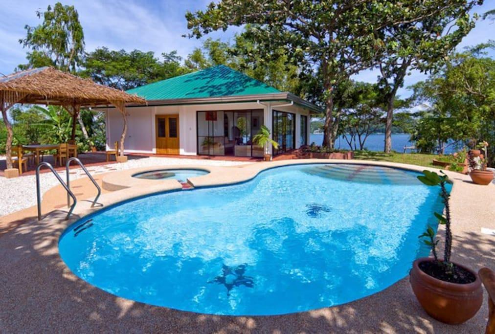 Puerto Galera Villas For Rent