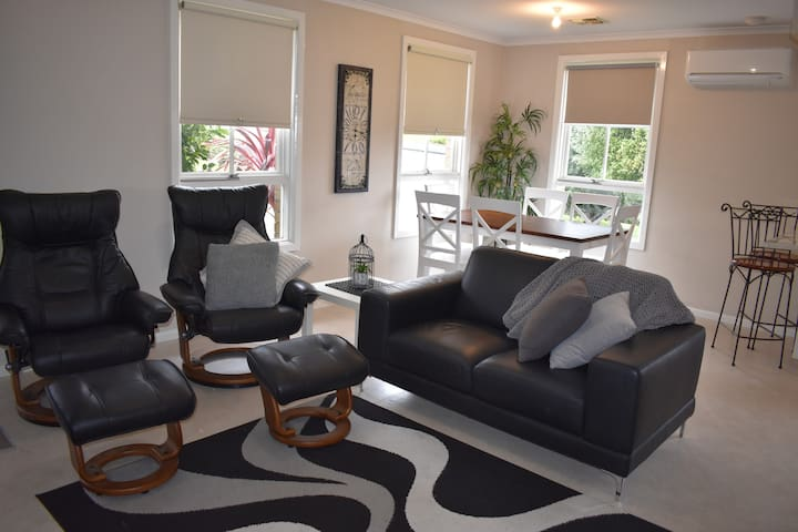 Bay Road Apartment - Mount Gambier