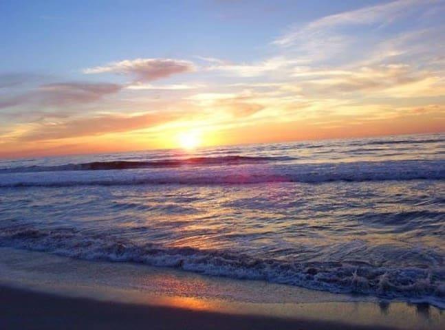 Brigantine Oceanfront Beach Condo