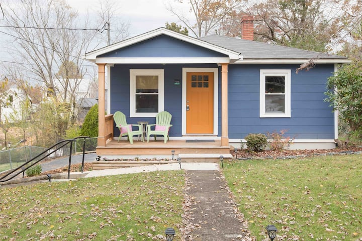 The Blue Bungalow in Downtown Weaverville.