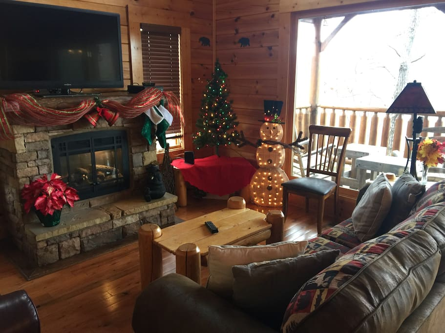 We love decorating our cabin for the holidays.