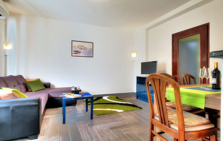 Comfortable apartment with heated pool - Umag - Pis