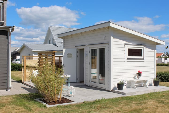 Nybyggd stuga nära havet - Falkenberg