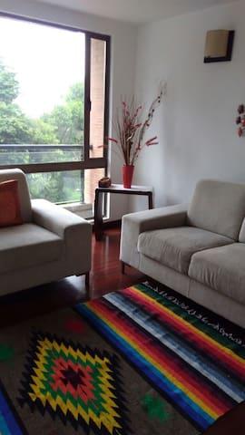 Apartamento hermosa vista bosque - Bogotá - Leilighet