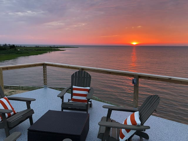 """A """"True"""" Chesapeake Bay Waterfront Experience!"""