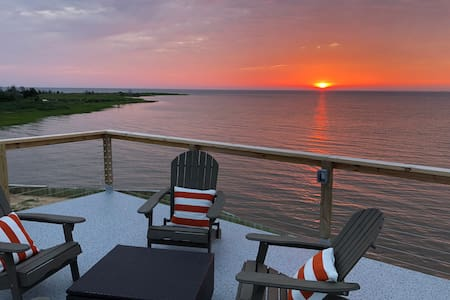 "A ""True"" Chesapeake Bay Waterfront Experience!"