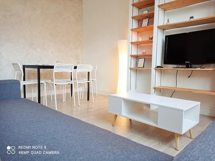 *WiFi Appartement en plein centre de Saint Nazaire