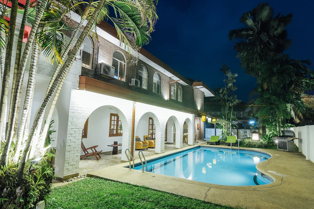 Comfortable lounge areas overlooking your private pool to relax and enjoy your evenings. There is a Barbecue set available for a great weekend of fun and relaxation.