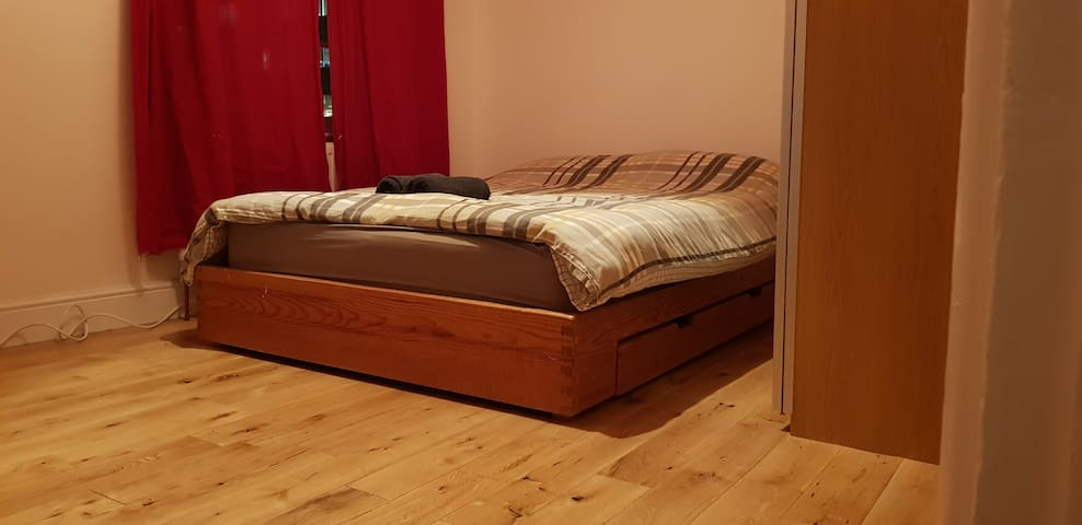 Larger Double Room in Central London