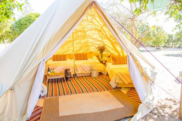 Luxury Private Bell Tent (2px)