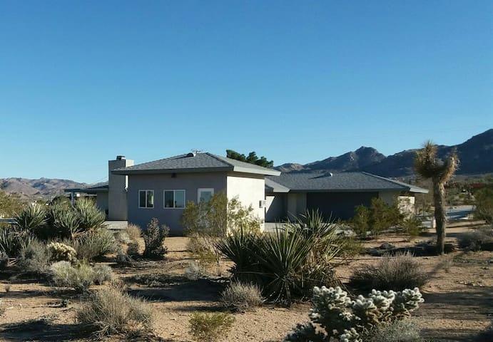 Casita with Cactus and Views - Joshua Tree - Chalet