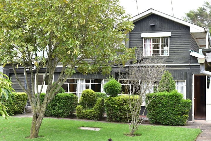 Naro Moru family guest home