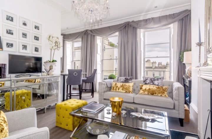 *Elegant Georgian flat*