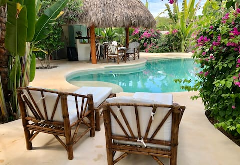 The Duke Bungalow - Poolside - Adults Only