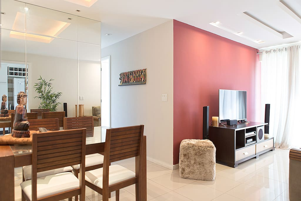 Living room / Sala de estar