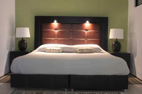 Beautiful & Spacious Private Suite