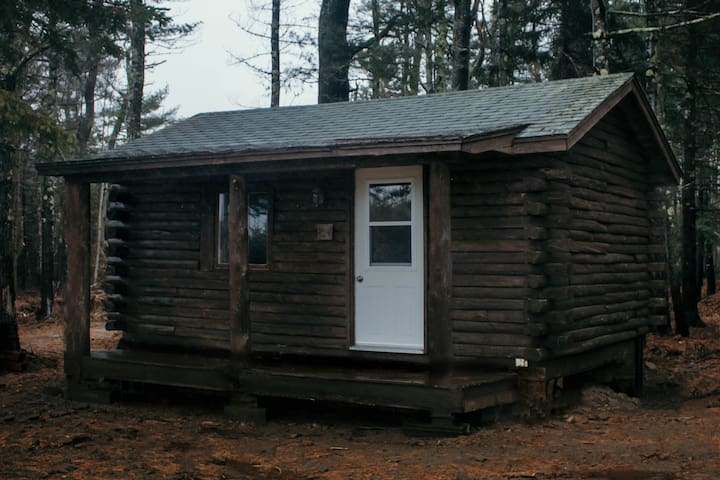 Liberty Village CABIN #3 Escape - Richibucto River