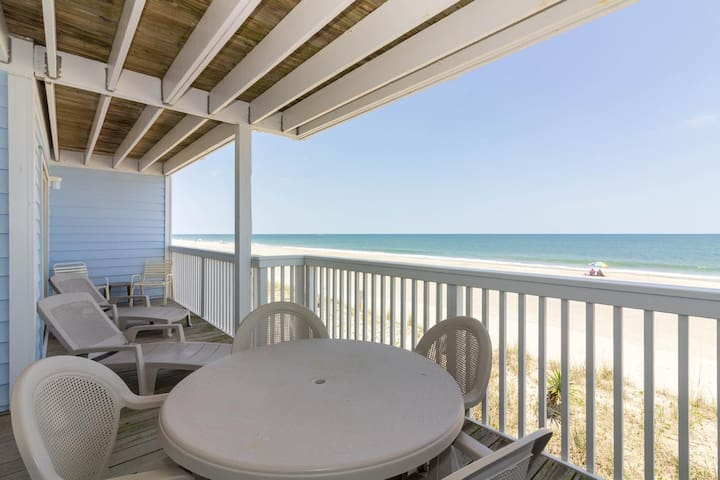 Campo's Condo-Watch the children play in the sand from the decks of this oceanfront condo