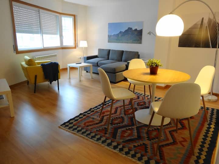 Holiday Pontevedra-NUEVO-amplio apartamento CIES.
