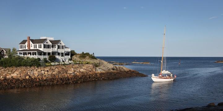 5 star resort like in Perkins Cove