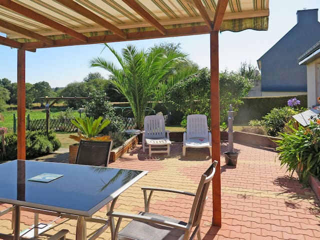 Holiday home in Plerneuf - Plerneuf - House