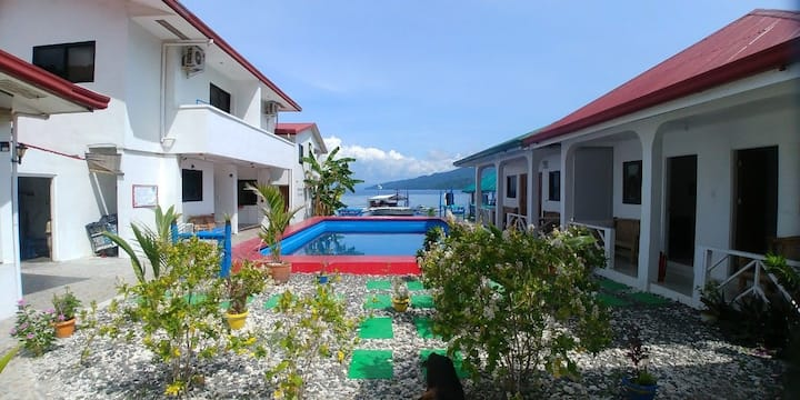 Clubmir Beach Resort Anilao C