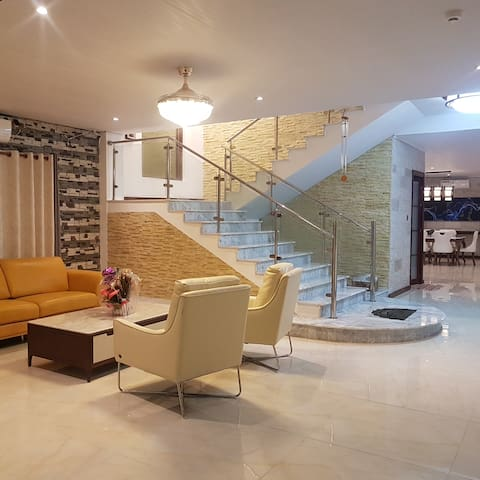 Bula Harbour Resort Home is an exclusive Villa