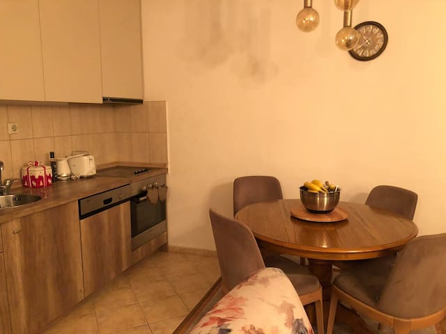 Two bedroom apartment near to the center