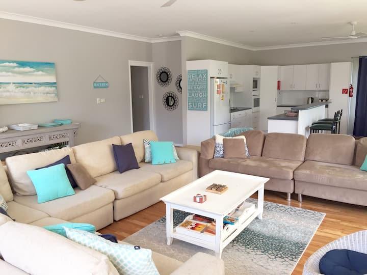 MarLins Beach House HUGE  living area, pets, wifi