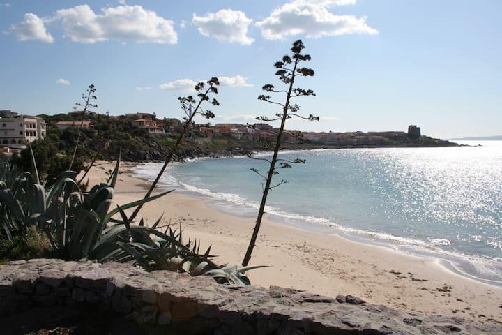 Villa one minute walk from beach - Portoscuso - Villa