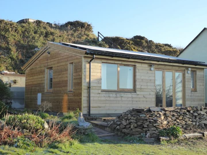 Eddystonia Holiday Chalet
