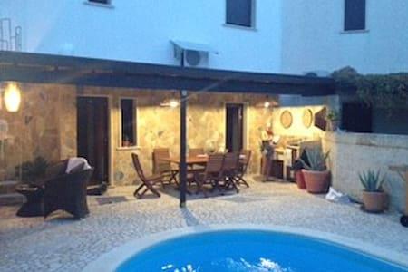 Villa  Paoli con piscina e giardino privato - Porto Cesareo