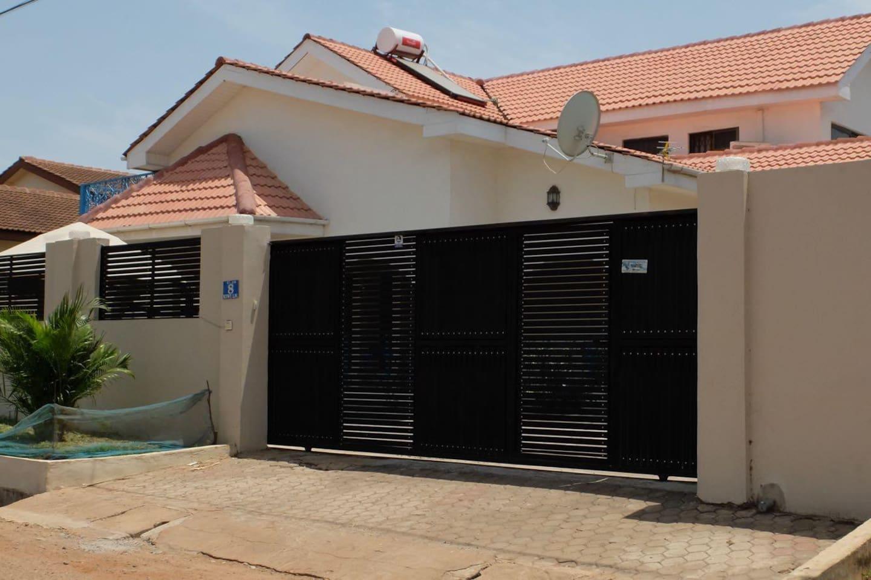 Modern 3-bedroom Villa in Accra