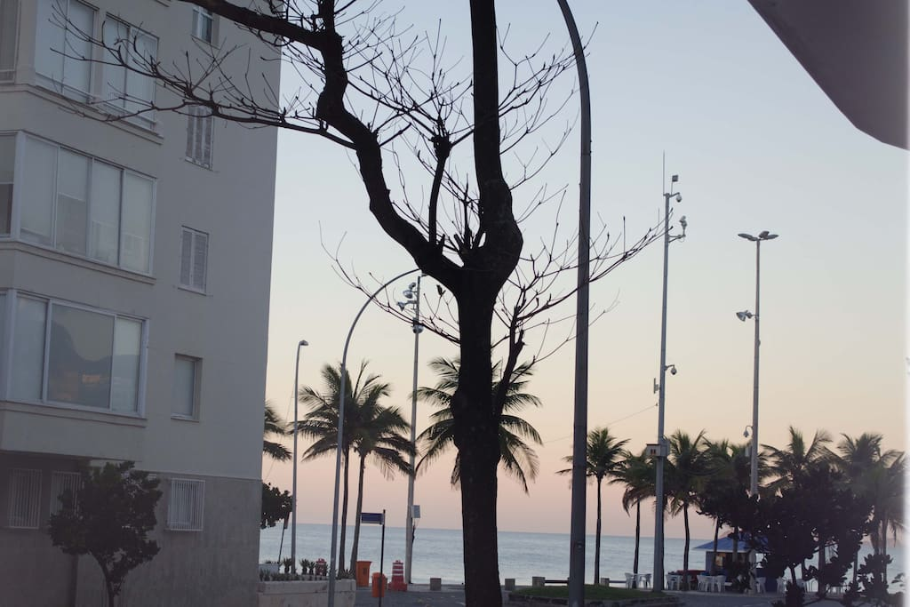 Studio com vista para o mar! Arpoador, Ipanema, Rio de Janeiro  1 bedroom apt wih ocean view @ Arpoador Rock - Ipanema, Rio de Janeiro Apartamento de 1 habitación con vistas al mar! Arpoador - Ipanema, Rio de Janeiro.