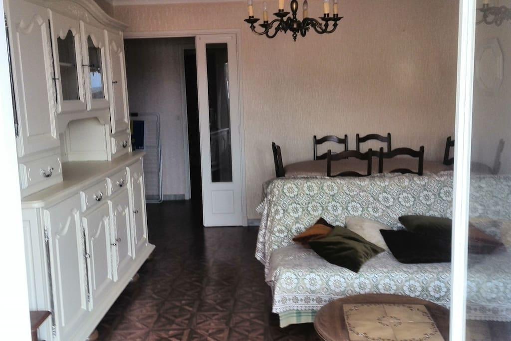 fontanges 2 appartementen te huur in villefranche de. Black Bedroom Furniture Sets. Home Design Ideas