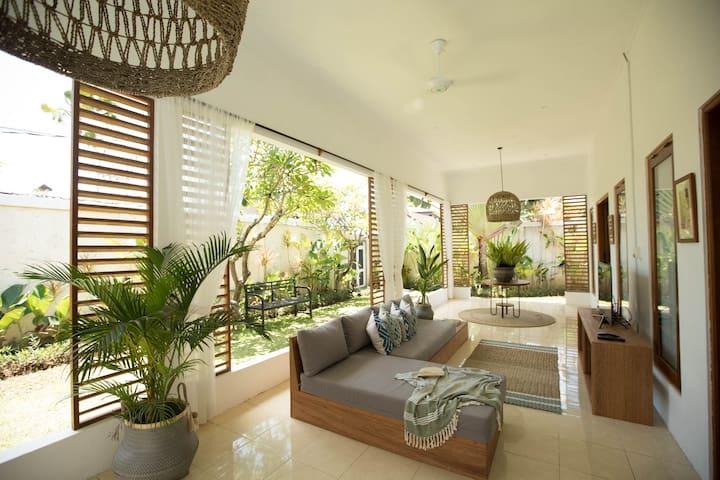 2 BDR Tropical Villa with Pool in Seminyak
