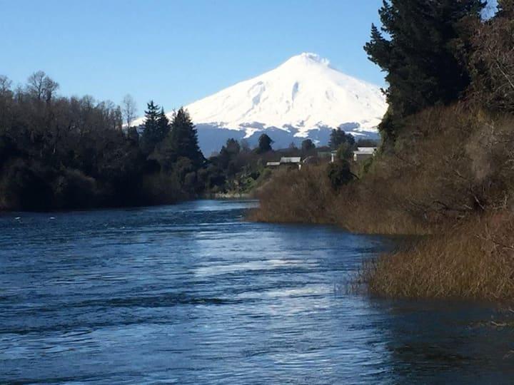 Casa Orillas río Tolten en Villarrica. Nueva