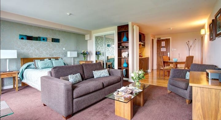 Luxury Studio Apartment in a Peaceful Setting