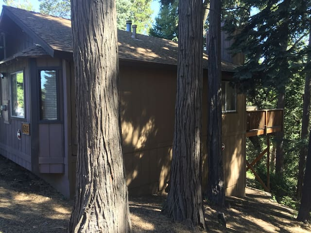 Little Ivy Lake House - Lake Arrowhead - House