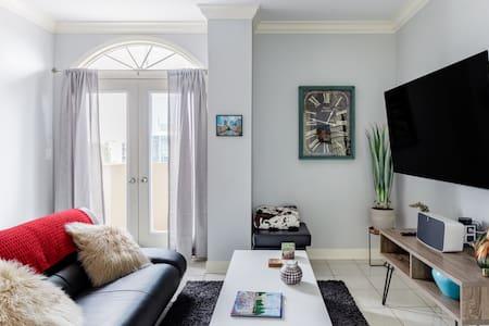 Midtown Buckhead Condo with Two Master Suites