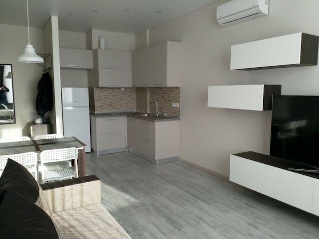 Уютные апартаменты возле моря